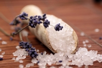 Natural Bath Products for Relaxing